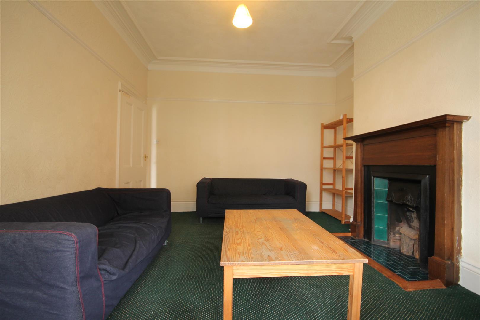 Grosvenor Gardens Newcastle Upon Tyne, 4 Bedrooms  Maisonette ,To Let